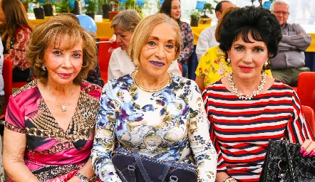 Carmela Alonso, Mary Carmen Morales y Lucy Stahl.