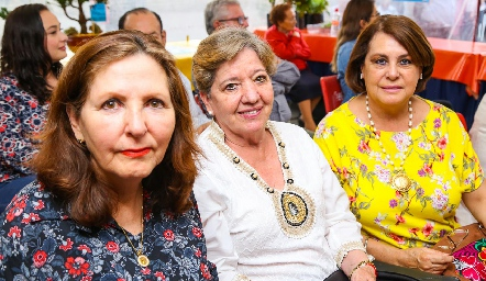 Lila Humada, Tere Alcalde y Graciela Milán.