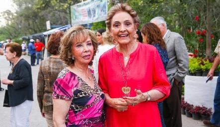 Carmela Alonso y Toyita Villalobos.