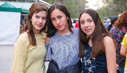 Nicole Compean, Amelie López y Andrea Garfias.