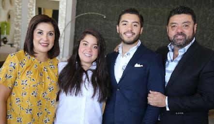 Marysol Reyna, Monserrat Pérez, Alejandro Pérez y Alejandro Pérez.