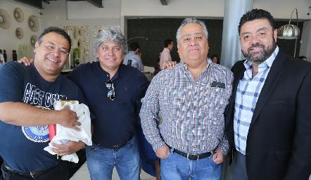 P. José de Jesús López, Rubén Lemus, Oscar Romero y Alejandro Pérez.