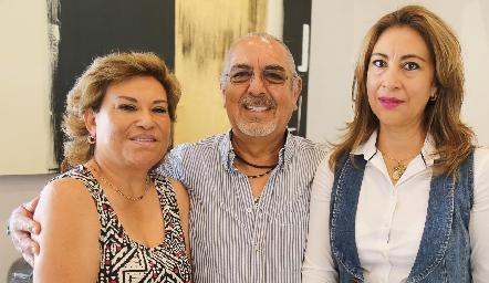 Lupita Romero, Jaime Solís y Arlette Picazzo.