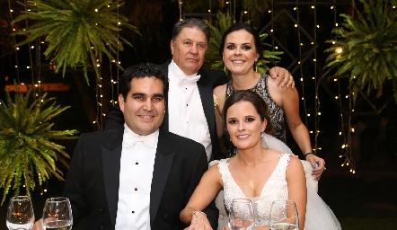 José Alberto Meade, Elsa Trujillo, Rodrigo Poumian y Ana Paty Meade.