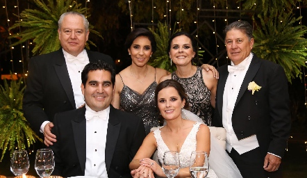 FulvioPoumian, Elisa Martínez, Elsa Trujillo, José Alberto Meade, Rodrigo Poumian y Ana Paty Meade.