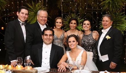 Andrés, Fulvioy Pau Poumian, Elisa Martínez, Elsa Trujillo, José Alberto Meade, Rodrigo Poumian y Ana Paty Meade.