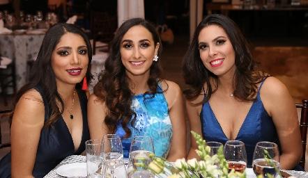 Valeria Flores, Isabel Torres y Laura González.