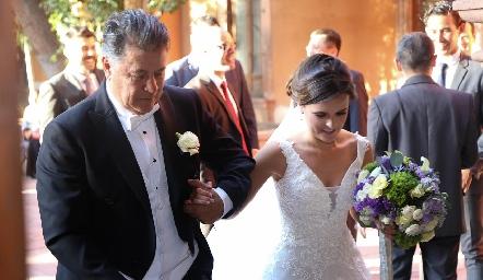 José Alberto Meade con su hija Ana Paty.