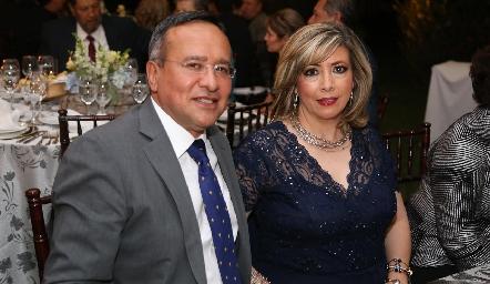 Gustavo y Alma Rodríguez.