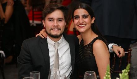 Antonio Menchaca y Sofía Terán.