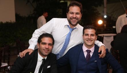 Jordi Salvatella, Pablo Salvatella y Diego Salvatella.