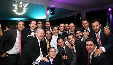 Rodrigo Poumian y sus amigos.