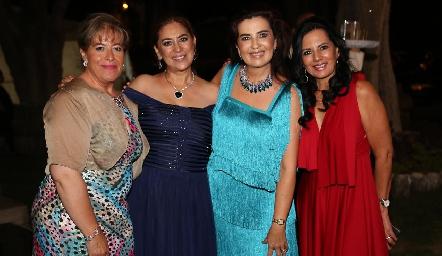 María Elena López, Verónica García, Rosy Vázquez y LucyMartínez.
