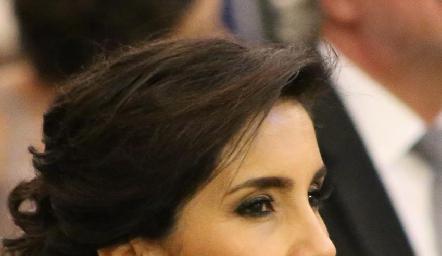 Elisa Martínez, mamá del novio.
