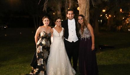 María Meade, Ana Paty Meade, Rodrigo Poumian y Paola Gallegos.