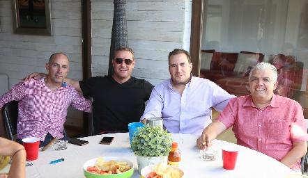 Juan Carlos Nieto, Juan Benavente, Luis Nava y Gerardo Rodríguez.