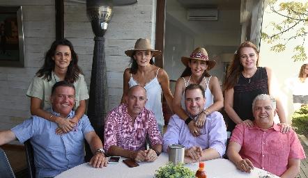 Mónica Galarza y Rodrigo Gómez, Claudia Artolózaga y Juan Carlos Nieto, Cristina Villalobos y Luis Nava, Meritchell Galarza y Gerardo Rodríguez.