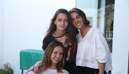 Ale Alessi, Cristy Nava y María Ovalle.