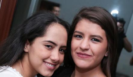 Liz Sarabia y Regina Martínez.