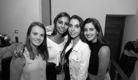 María Emilia Meade, Ximena Anaya, Mariana Anaya y Lorea Gómez.