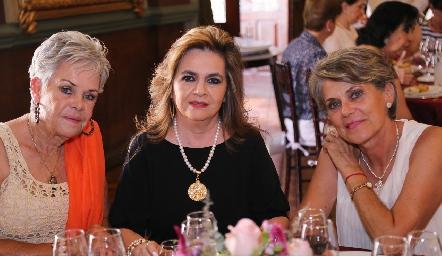 Patricia del Peral, Adriana de Montiel y Ana Laura Azcárraga.