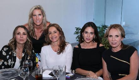 Roxana Serna, Claudia Quiroz, Patricia Gaviño, Maribel Lozano y Lupita Pereda.