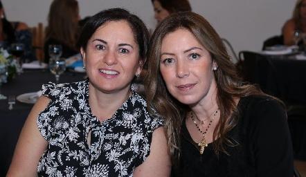 Claudia Ávila y Anna Astrid Navarro.