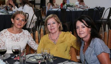 Coco Fernández de Rangel, Lucy Orozco y Alma Rosa Orozco.