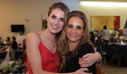 Paulet Lozano y Beatriz Rangel.