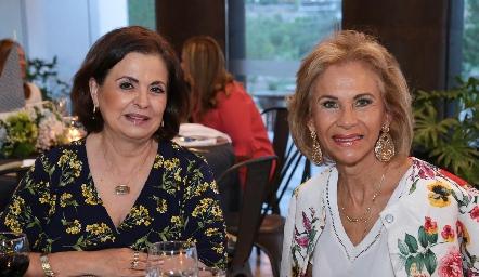 Dora Cabrera y Gloria Estrada.
