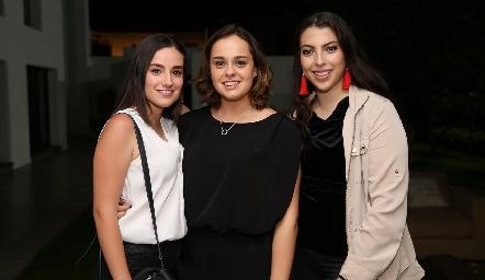 Tití Lomelí, Alejandra Martínez y Ángela Gallardo.