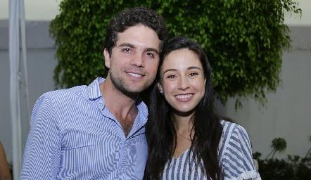 Federico Díaz Infante y Tere Mancilla se comprometieron.