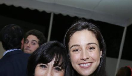Tere Guerrero de Mancilla con su hija  Tere Mancilla.