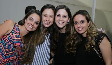 Paloma Díaz Infante, Tere Mancilla, Miriam y Ana Gabriela Díaz Infante.
