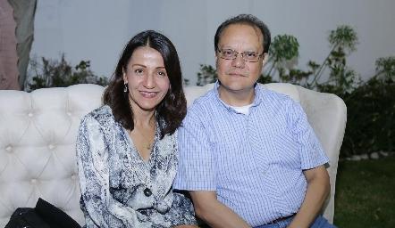 Elizabeth Hernández y Luis Saucedo.
