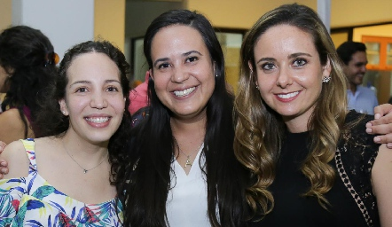 Sofía Torres, Ana Paula Domínguez y Ana Gabriela Díaz Infante.