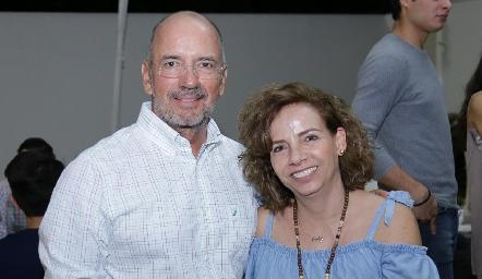 Marcelo Meade y Gaby Cubillas.