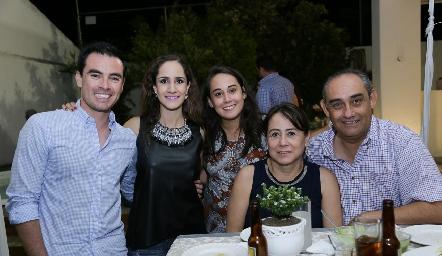 Alejandro Mancilla, Dani Mina, Laura Hermosillo, Rosy Guerrero y Mauricio Hermosillo.