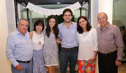 Tere y Federico con sus papás Alejandro y Tere Mancilla, Gaby y Federico Díaz Infante.