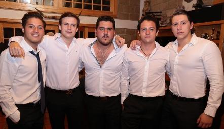Alejandro Stevens, Santiago Corripio, Toro Gómez, Sebastián Díaz de León y Mauricio Ojeda.