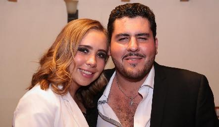 Ana Isa Jonguitud y Emilio Gómez.