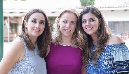 Nuria Ejarque, Mariana Torres y Yezmín Sarquis.