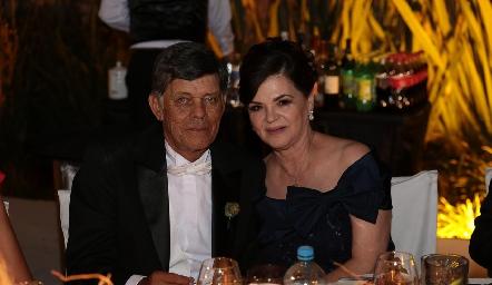 Javier Allende y Pilar Labastida de Allende.