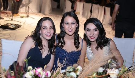 Sofía Torres, Carmelita Del Valle y Adri de la Maza.