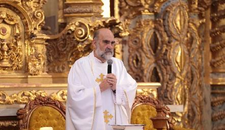 Padre José Luis Serra Martínez.