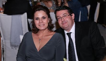 Fernanda Soberón y Armando de la Barrera.