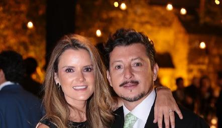 Paola Celis y Horacio Lizaola.