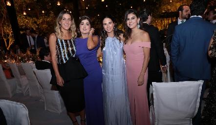 Isabel Gutiérrez, Silvana Zendejas, Nuria Jourdain y Lu Castelo.