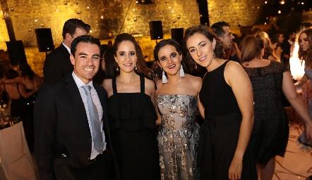 Alejandro Mancilla, Daniela Mina, Yolanda Aguillón y Midori Barral.