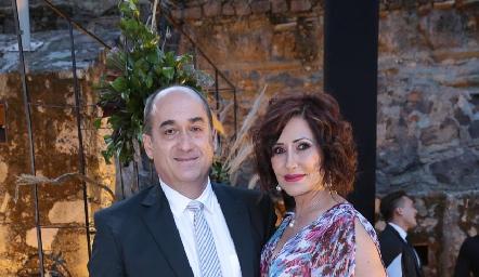 Fernando Ruiz y Mariela Arriola.